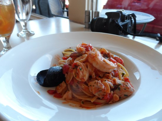 Angelino Restaurant: Fresh seafood
