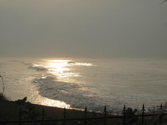 Best Western Plus Accra Beach Hotel: Sunset view