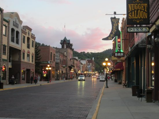 The Lodge at Deadwood: Deadwood at Dusk