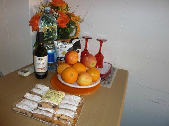 B&B Alghero Republic: Kind hospitality gesture from Hotelier