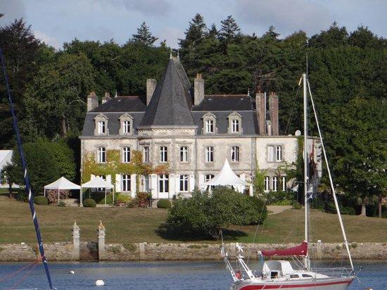 Vedettes de l'Odet: château sur l'Odet