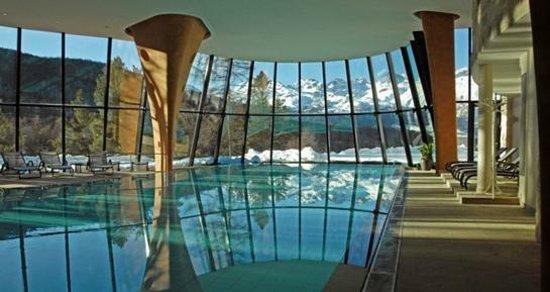 Grand Hotel Kronenhof: Blick aus dem SPA