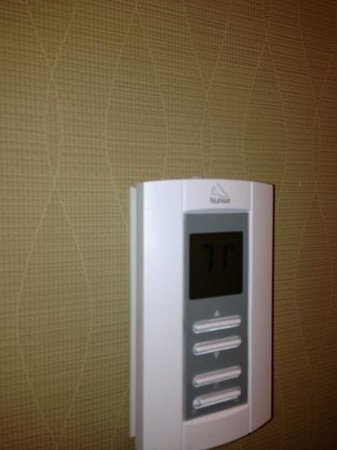 Bushkill Inn & Conference Center: heated bathroom floors!