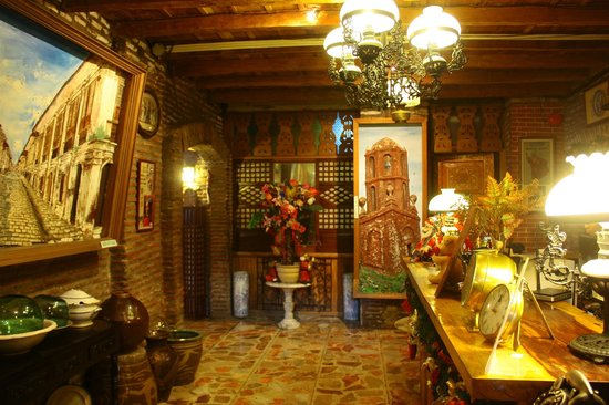 Grandpa's Inn : Reception Area