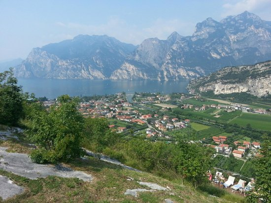 Hotel Residence Torbole : View from the top of the hill