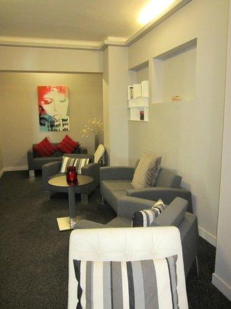 Hotel l'Isolella : Hall/Lobby