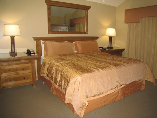 Park Plaza Resort: Master Bedroom