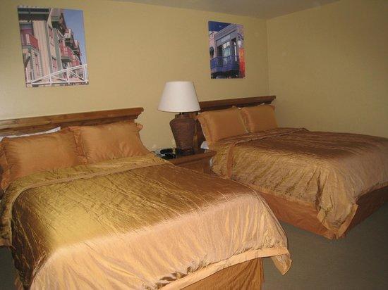 Park Plaza Resort: Guest Bedroom