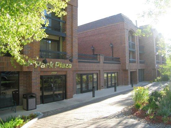 Park Plaza Resort: Front of Park Plaza