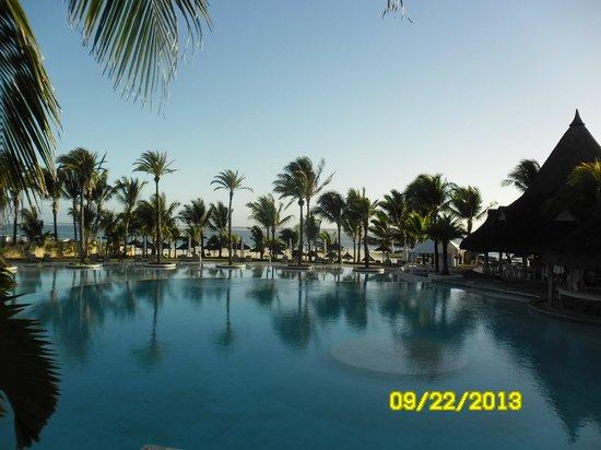 ลักซ์ เบลเล มาเร: Stunning pool view