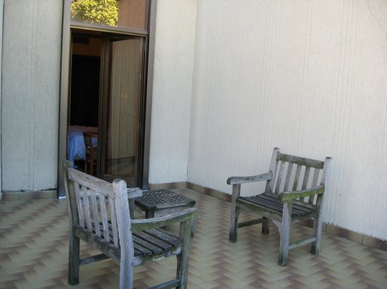 Starhotels Michelangelo: Our own private patio