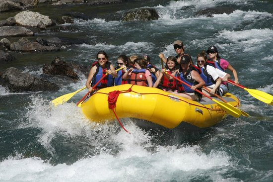 Glacier Raft Company : Fun in the rapids (pictures could be purchased)