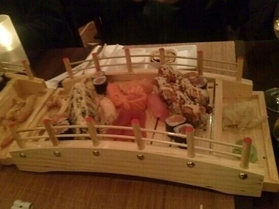 echtasien: sushi