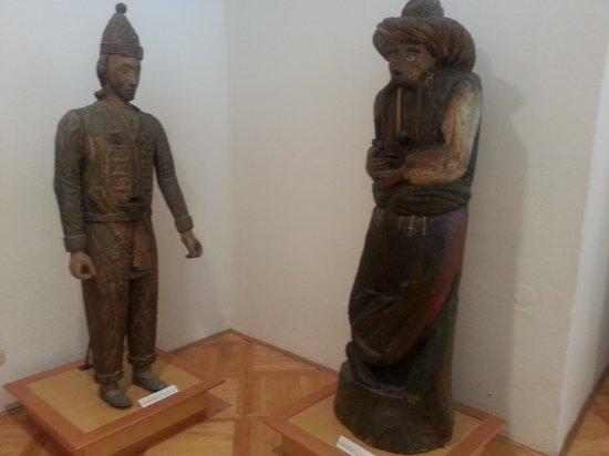 Beekeeping Museum (Cebelarski muzej) : Elaborate statuary hives
