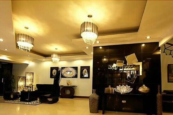 Holiday Plaza Hotel: Holiday Plaza Tuguegarao City Philippines 3500