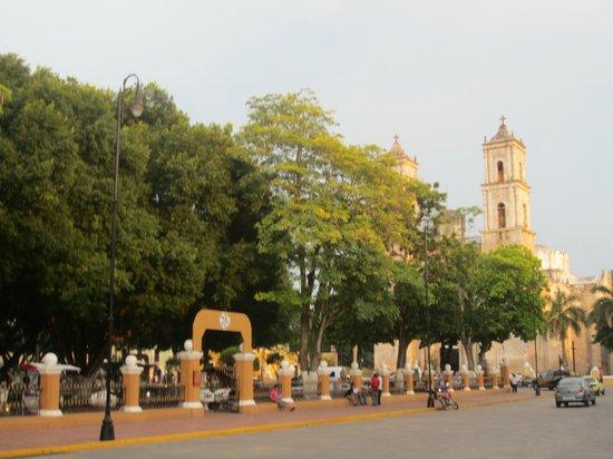 Hotel Posada San Juan: Valladolid town