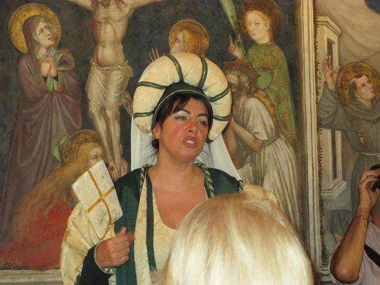 Palazzo Trinci: Una guida eccezionale!