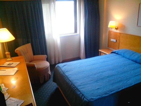 VIP Executive Zurique Hotel: Двуспальная кровать