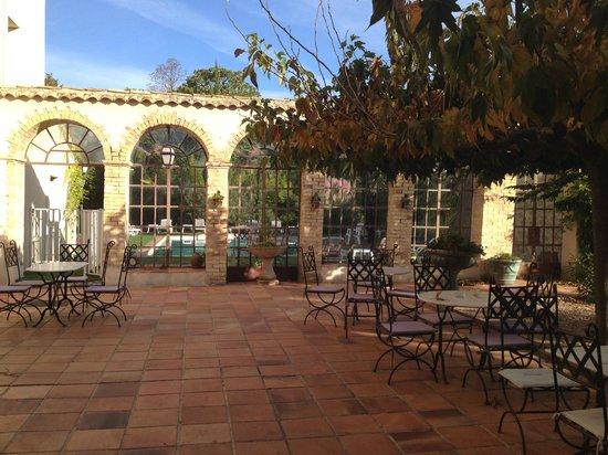 Hotel du Parc: Le patio