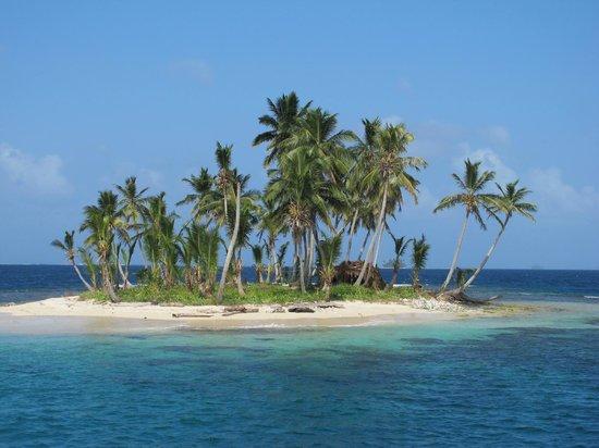 Sailing Blue Sky: Beautiful San Blas Island