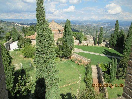 Tempio di Sant'Angelo - Chiesa di San Michele Arcangelo: Vista del Tempio dalla torre