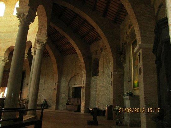 Tempio di Sant'Angelo - Chiesa di San Michele Arcangelo: Interno