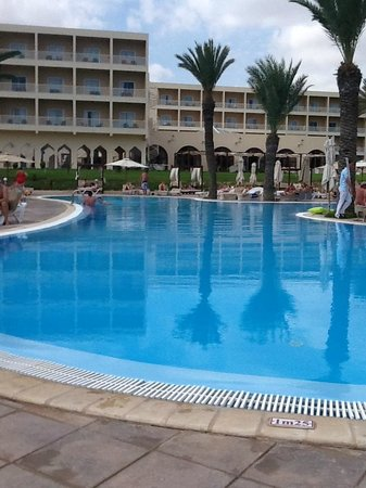 TUI SENSIMAR Scheherazade: Pool area which was really nice!