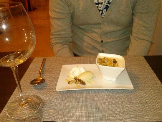 Beeca Da2: Esponjado de queso con espuma de romero