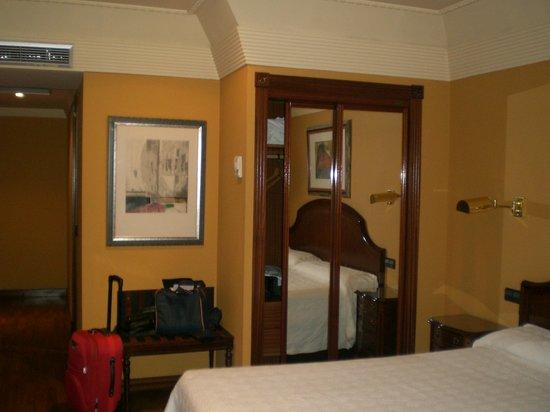 Sercotel Hotel Corona de Castilla: Habitación