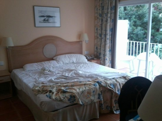 Hotel Les Palmeres: Chambre