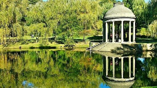 Larz Anderson Park: Like a Fairytale