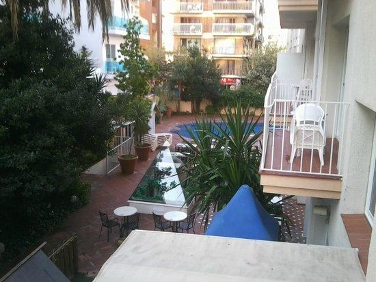 Hotel Les Palmeres : Vue de la chambre