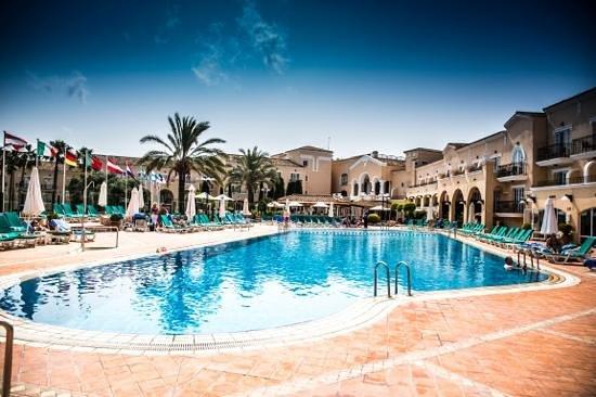 Hotel Príncipe Felipe - La Manga Club: beautiful pool!