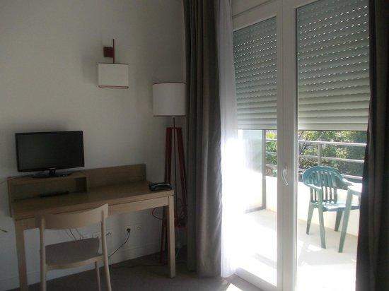 Comfort Suites Cannes Mandelieu : Interno appartamentino