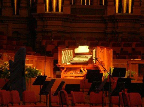 Tabernacle Organ Recitals: The organ is impressive