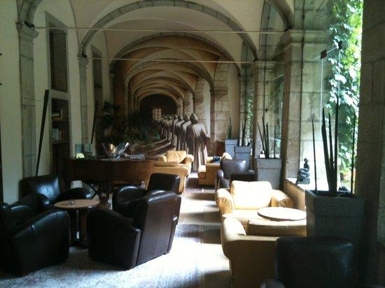 Restaurant Gastronomique de L'Abbaye de Talloires : Le cloître