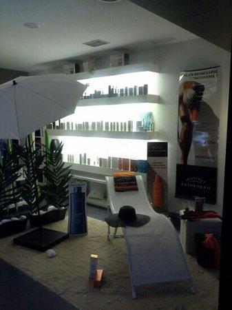 Spa Urbano Arrullos del Agua: Tienda de cosmética