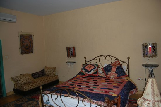 Dar Al Batoul: Jasmine room