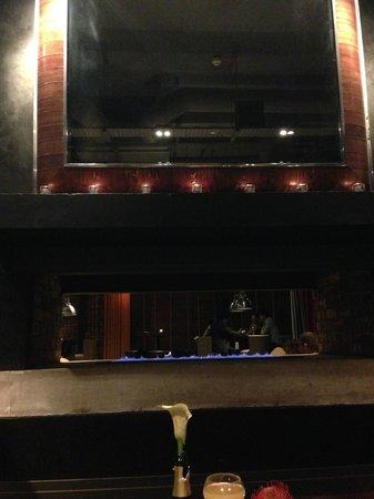 Dakota Edinburgh: fireplace