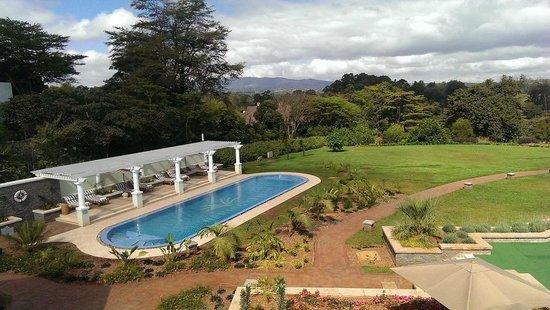 Hemingways Nairobi: Pool