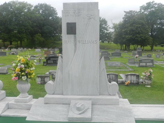 Hank Williams Memorial - Oakwood Annex Cemetery: Tombstone