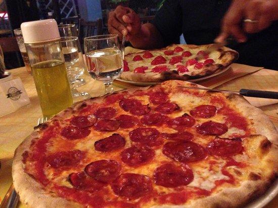 Il Fornaccio: Pepperoni pizza must try
