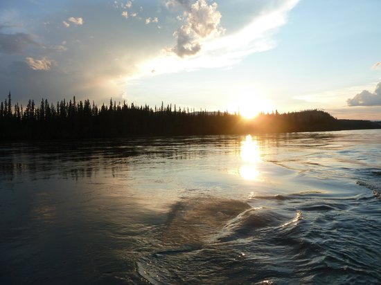 Wild Wonders Yukon River Adventure