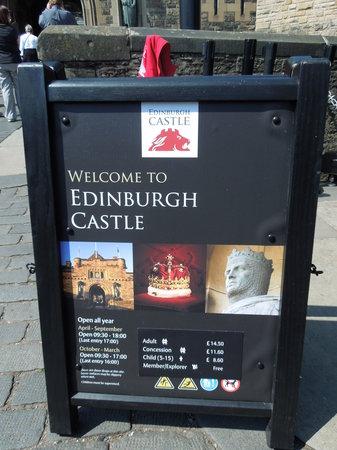 ปราสาทเอดินเบิร์ก: Welcome to the castle