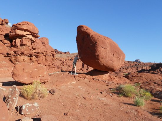 Canyonlands National Park, ยูทาห์: Keep it from falling