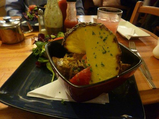 "Rainbow Cafe: ""Colombo"" curry"