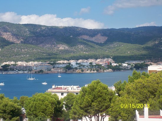 TRH Magaluf: View of Palma Nova beach from our room