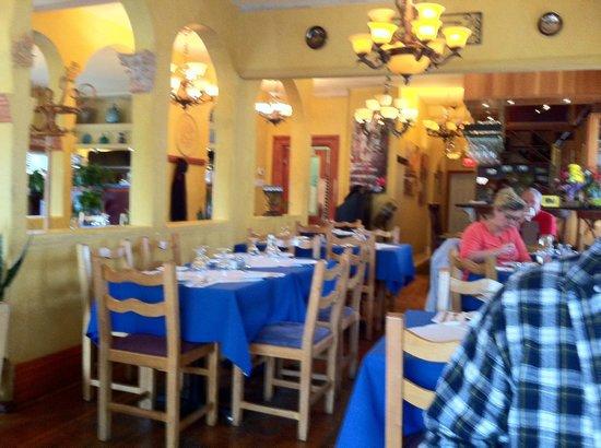 Asteras Greek Taverna: Inside the Taverna