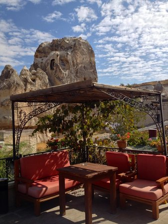 Goreme House: Great place for a wine