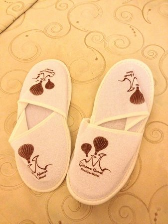 Goreme House: Cute slippers